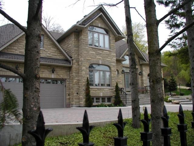 estate view homes